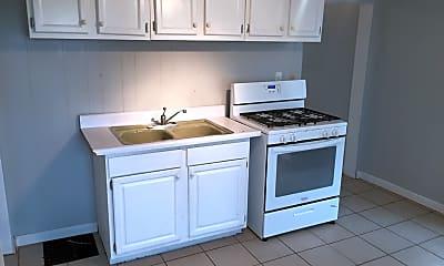 Kitchen, 640 Livingston Ave NE, 1