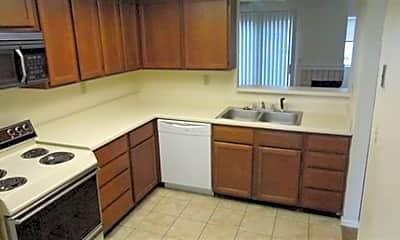 Kitchen, Lexington Commons, 2