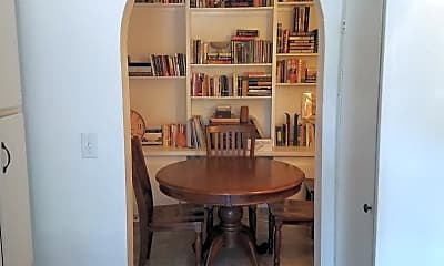 Dining Room, 711 SW 15th Ave, 2