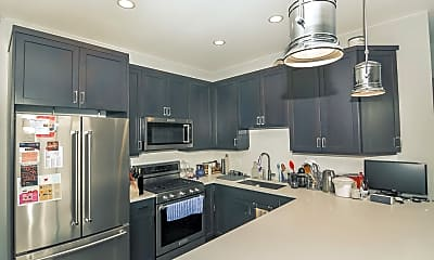 Kitchen, 4324 Ashland Ave, 1