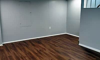 Bedroom, 115 33rd St NE, 2