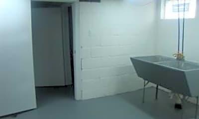 Bathroom, 7535 Republic Ave, 2