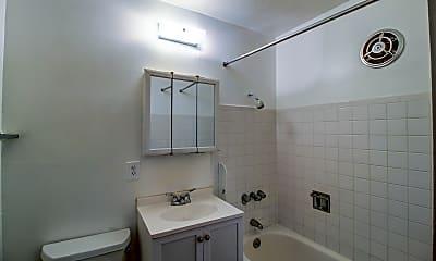 Bathroom, Crestview, 2