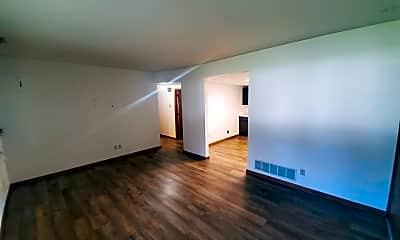Living Room, 413 Ben Dr, 1