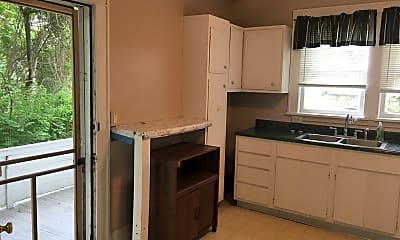 Kitchen, 397 Gilmore St, 2