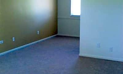 Building, 4309 W Saginaw Hwy, 2