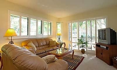 Living Room, 105 Brackenwood Cove, 1