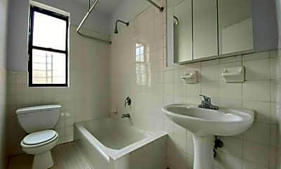 Bathroom, 715 W 175th St, 2