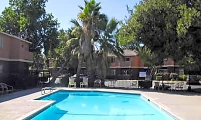 Mesa Verde Apartments, 2