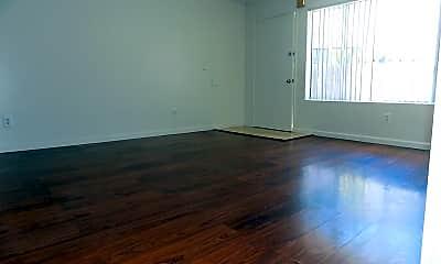 Living Room, 4136 Manzanita Dr, 1