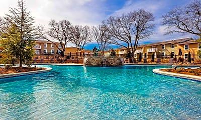 Pool, Fern Parc, 0