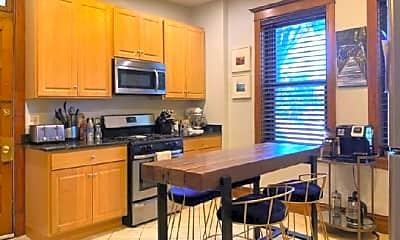 Kitchen, 4319 N Hoyne Ave, 2