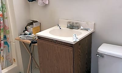Bathroom, 72 Mechanic St, 2