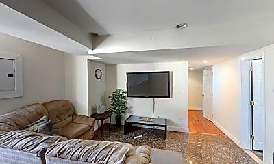 Living Room, 23 Forest St, 0
