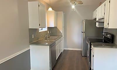 Kitchen, 7209 Windy Ridge Dr, 2