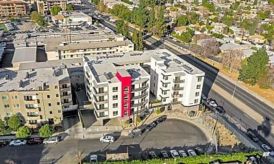Building, 15309 W Cabrito Rd, 2
