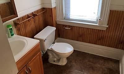 Bathroom, 1420 Claim St, 1