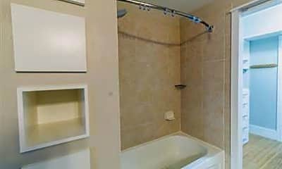 Bathroom, 715 6th St NW 1204, 2