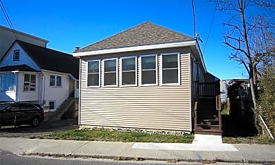 Building, 754 E Broadway, 0