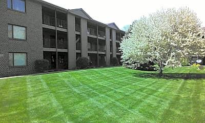 Building, Woodland Pines, 1