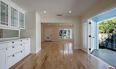 Living Room, 1358 N Spaulding Ave, 2