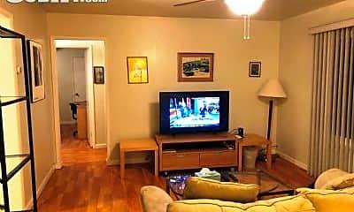 Living Room, 820 Williams Way, 0
