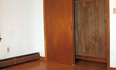 Bedroom, 1349 Plank Rd, 2