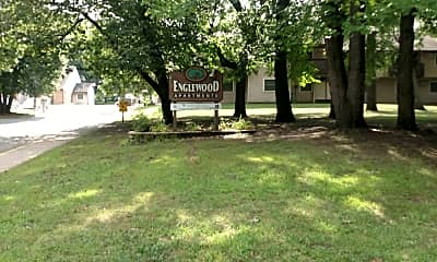 Engelwood-Barrington Apts, 1