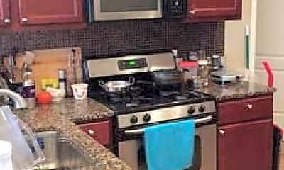 Kitchen, 832 S Claremont Ave, 2