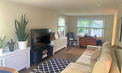 Living Room, 77 Murray Ave, 2