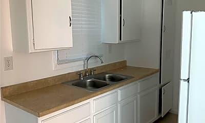 Kitchen, 1029 Gladys Ave, 2