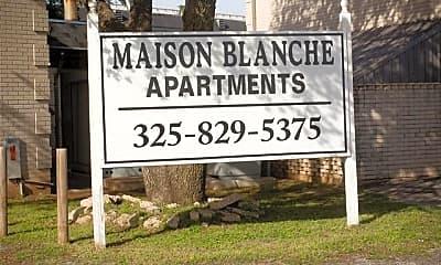 Community Signage, 2800 Sayles Blvd 04B, 0