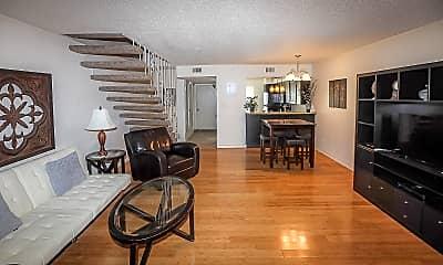 Living Room, 3210 Villa Pl, 0