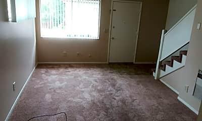 Living Room, 314 S Mason St, 1