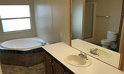 Bathroom, 6118 New Mexico Trail, 1