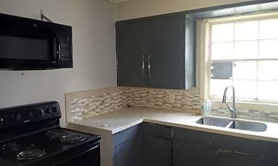 Kitchen, 211 Keener Ave, 2