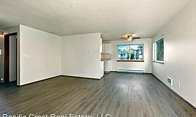 Living Room, 11541 Greenwood Ave N, 0