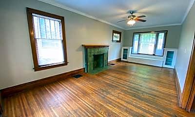 Living Room, 236 E 18th Ave, 1