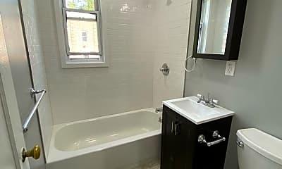 Bathroom, 89 S Highland Ave, 2