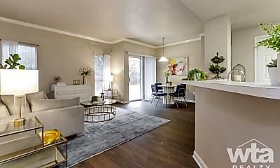 4201 Monterey Oaks Blvd, 1