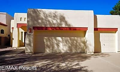 6525 N Shadow Bluff Dr, 1