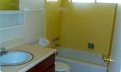 Bathroom, 3293 Gypsum Rd, 2