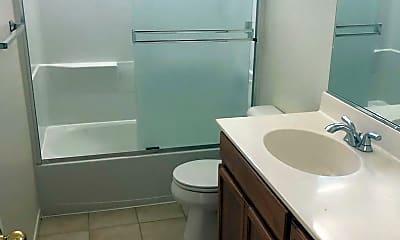Bathroom, 3016 Puffin Cir, 2