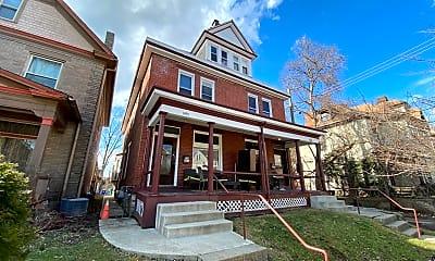 Building, 1495 Michigan Ave, 1