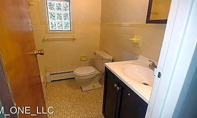 Bathroom, 1625 Asmann Ave, 2