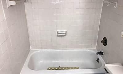 Bathroom, 1236 Edgewood Dr, 2