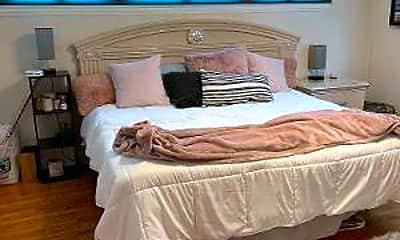 Bedroom, 8 Marshall Ct, 2