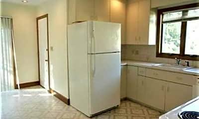 Kitchen, 89 Florence St 91, 1