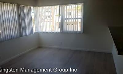 Living Room, 1018 3rd St, 2