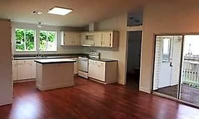 Living Room, 22850 Cascade Rd, 2
